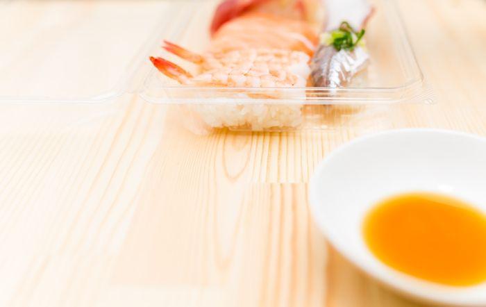テイクアウトした寿司